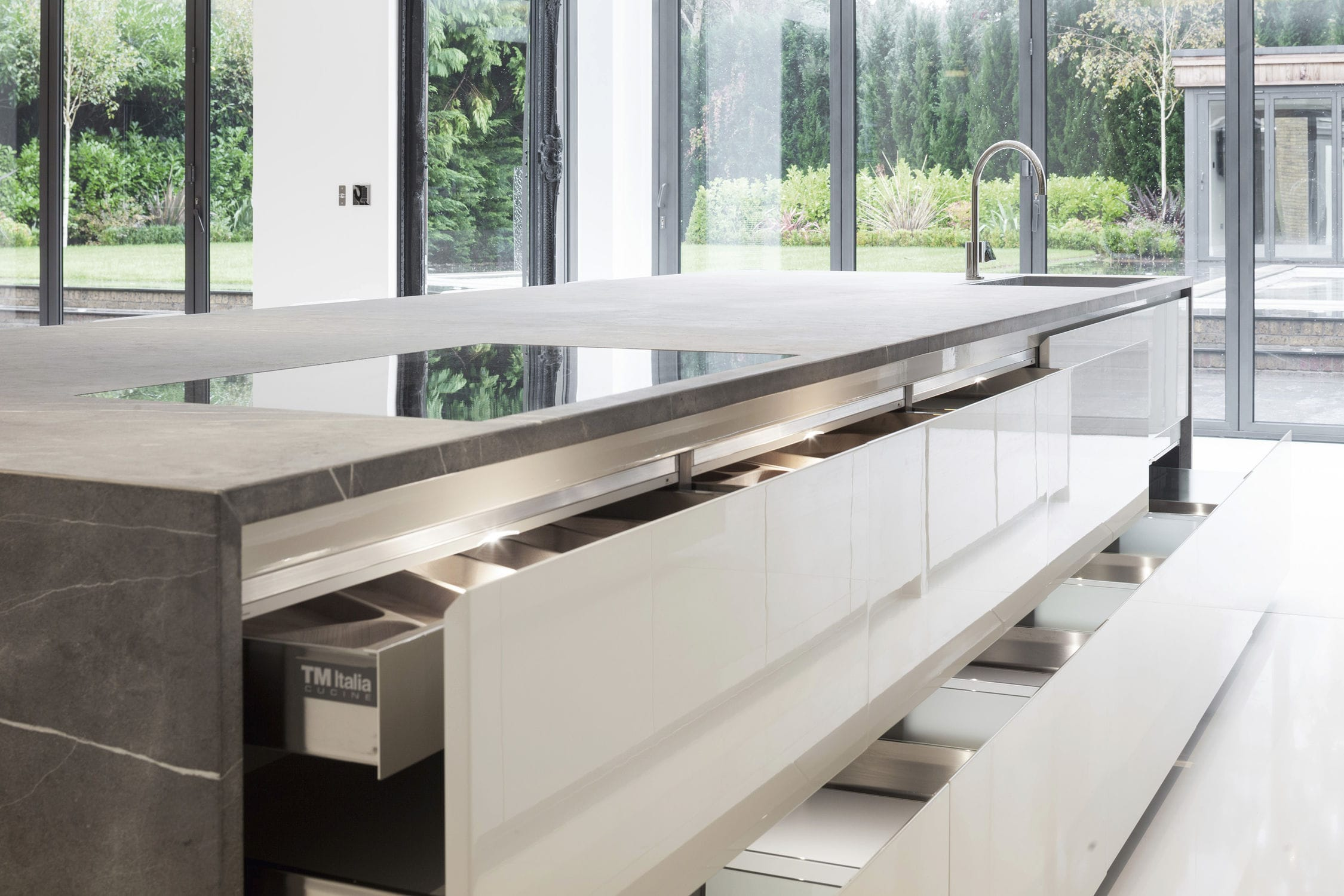 ... Moderne Küche / Stein / Kochinsel 201212#01_T45_PIETRA DI CORINTO TM  Italia ...