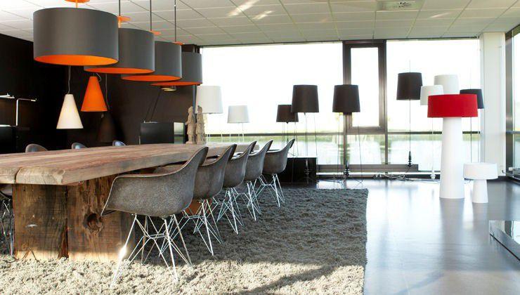 Charming ... Moderner Esstisch / Holz / Rechteckig UNIQ THORS DESIGN ... Design Inspirations
