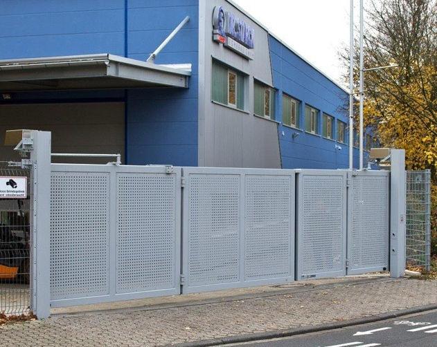 Einflügeliges Tor Metall Mit Stangen Für Industrieanwendungen
