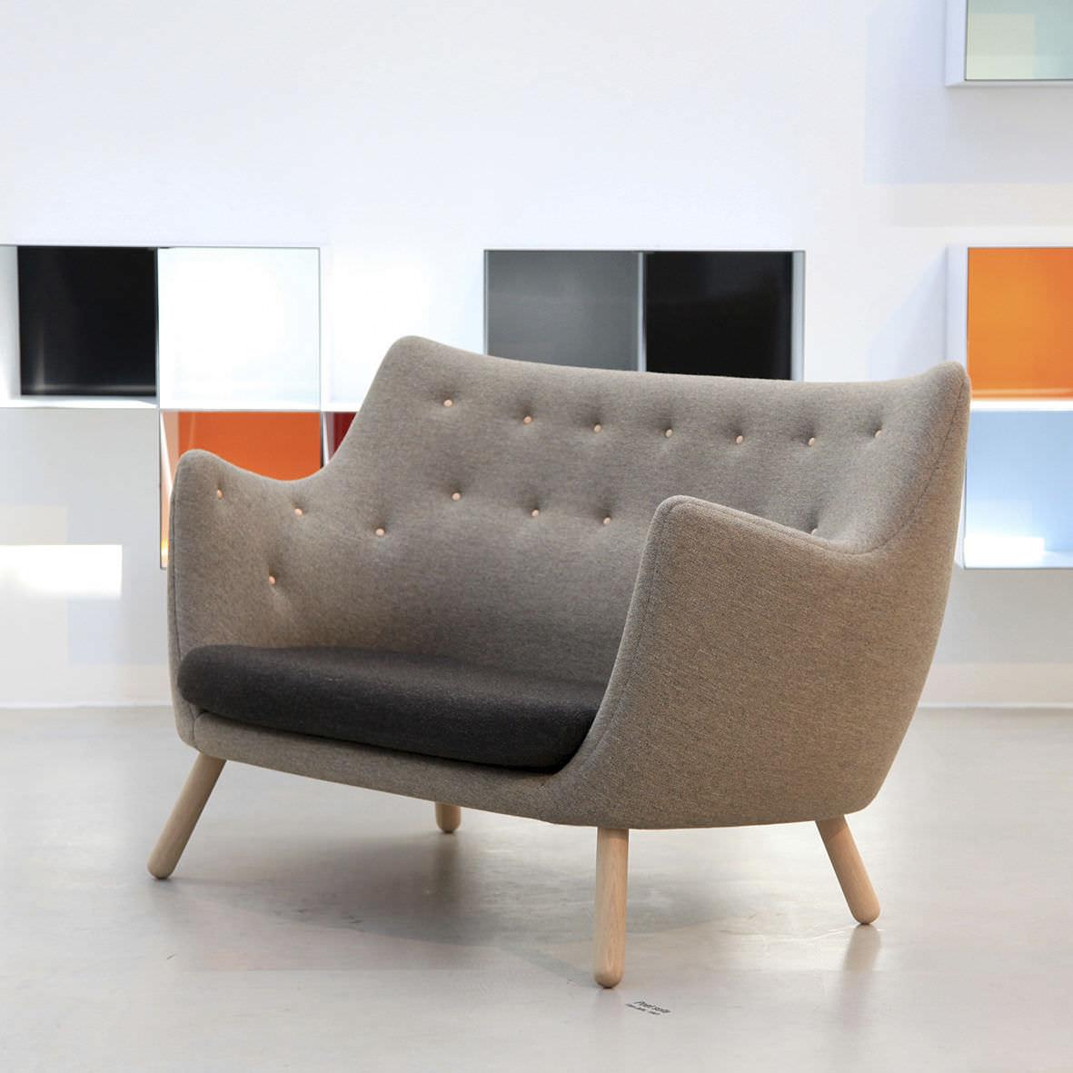 Sofa / Skandinavisches Design / Holz / Stoff / Von Finn Juhl   POET