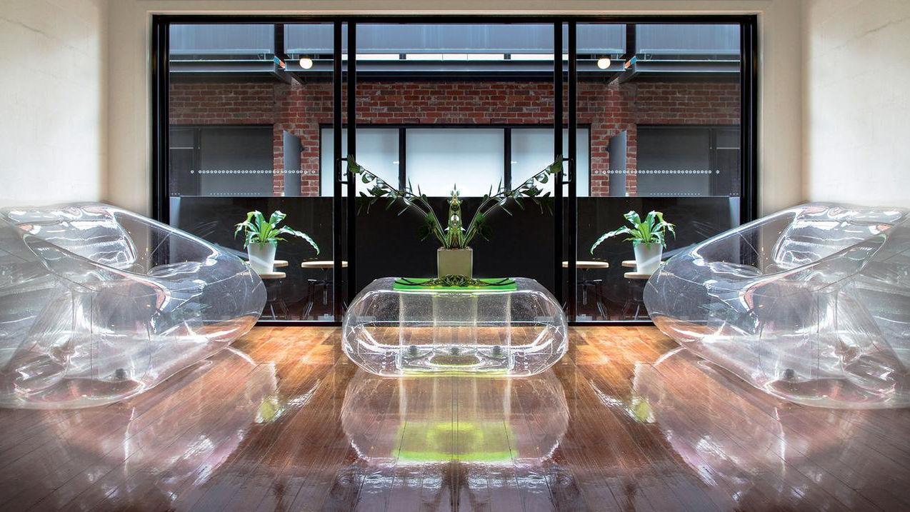 Aufblasbares Sofa / modern / für Außenbereich / aus Polyurethan ...
