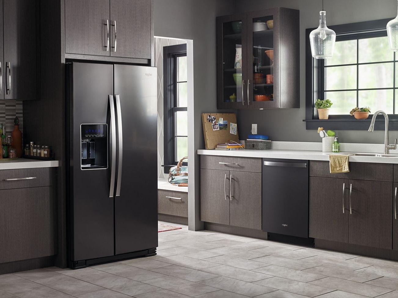 Kühlschrank Schwarz : Amerikanisch kühlschrank schwarz mit wasserspender