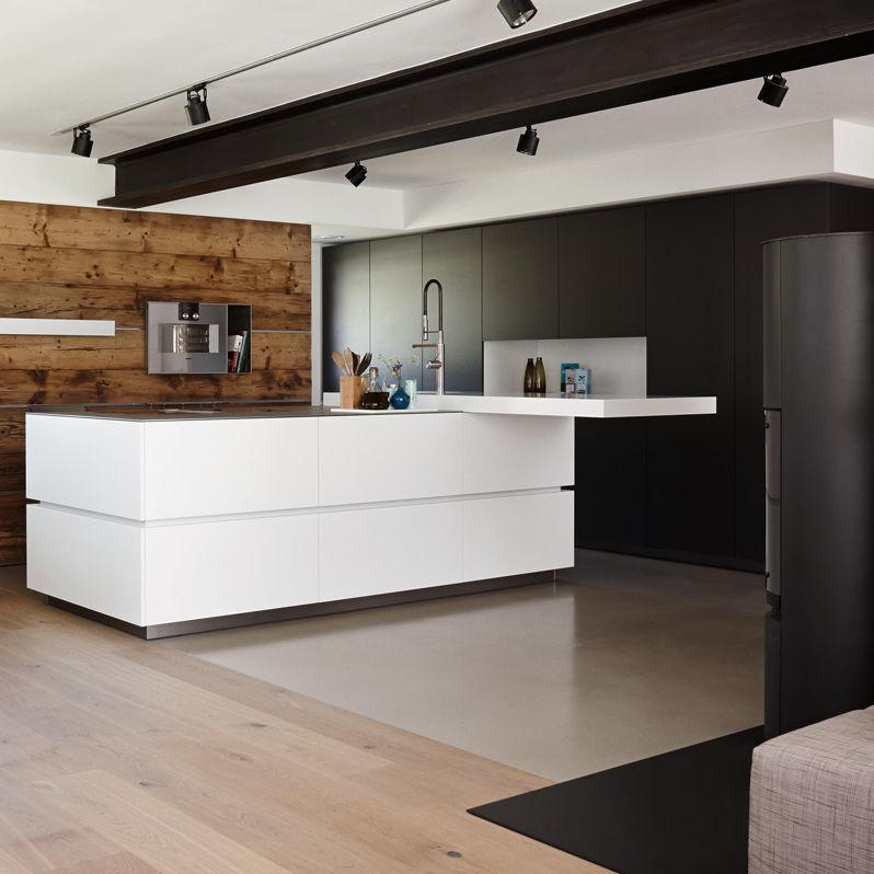 Moderne Küche / Edelstahl / Laminat / Kochinsel - Villa Innsbruck