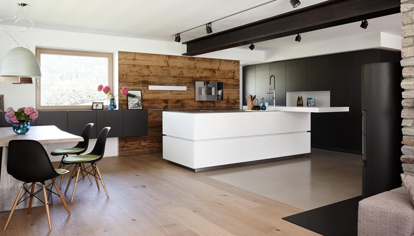 Moderne Küche / Edelstahl / Laminat / Kochinsel - VILLA INNSBRUCK ...