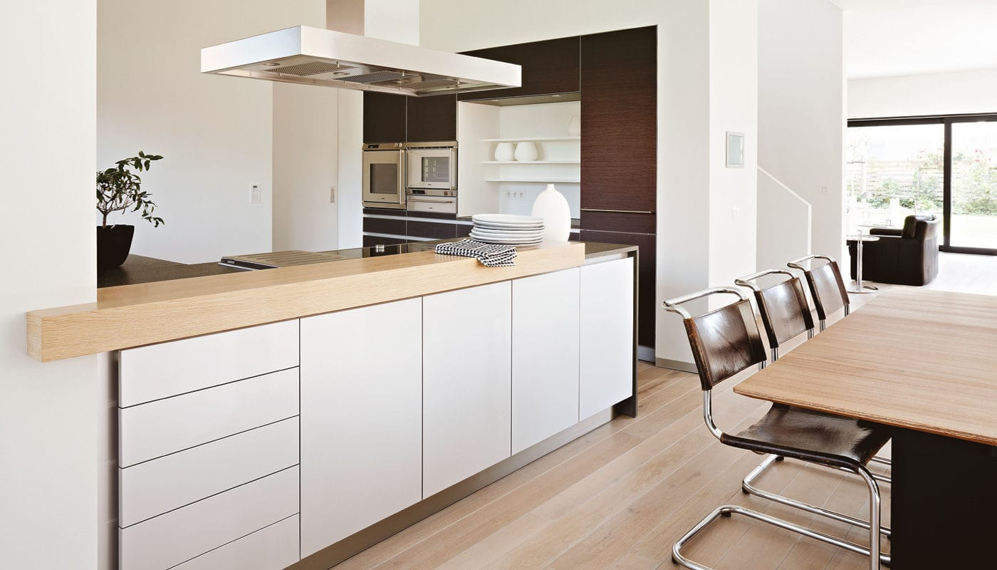 Moderne küche aluminium aus stein aus eiche villa hamburg ii