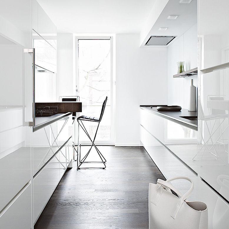 Moderne Küche / Stein / Nussbaum / lackiert - APARTMENT HAMBURG ...