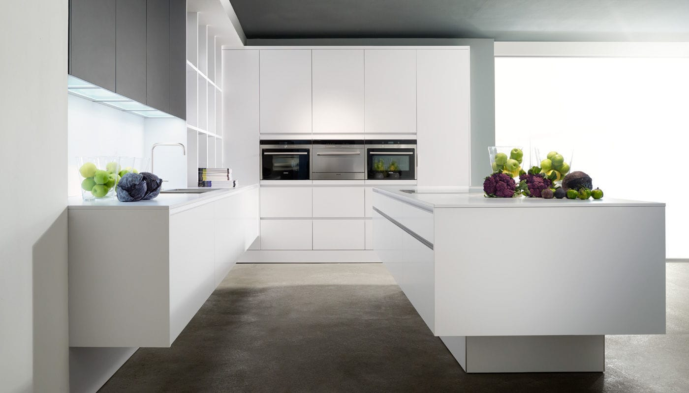 Moderne Küche / Laminat / Kochinsel - PURE WHITE - eggersmann ...