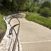 Beton-Bodenbelag / für öffentliche Bereiche / andere Formate / strukturiert
