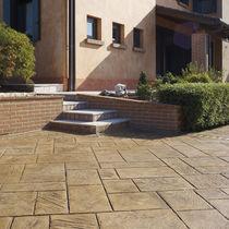 Bedruckter Beton Boden / für öffentliche Bereiche / strukturiert / Pflastersteinoptik