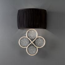 Moderne Wandleuchte / aus Bronze / Glas / Stoff