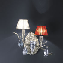 Klassische Wandleuchte / aus Bronze / aus Kristall / Stoff