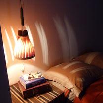 Hängende Lampe / originelles Design / Holz / für Innenbereich