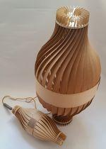Stehlampe / originelles Design / Holz / für Innenbereich