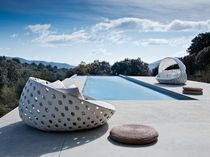 Rundes Sofa / modern / für den Garten / Synthetikfaser