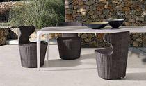 Moderner Tisch / Cristalplant® / rechteckig / für den Garten