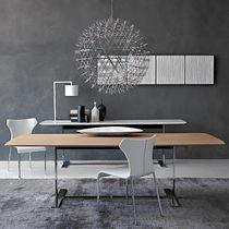Moderner Tisch / Holz / Metall / aus Marmor