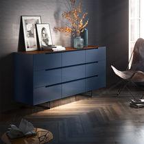 Modernes Sideboard / lackiertes Holz