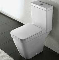 Monoblock-WC / freistehend / Keramik
