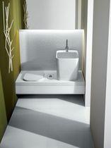 Moderne Bank / Integrierten Sanitäre Einstellungen / wandmontiert