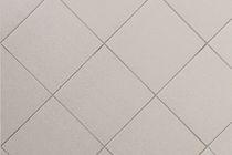 Bodenstehende Fliesen / Keramik / uni / emailliert