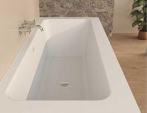 Freistehende Badewanne / Mineralwerkstoff