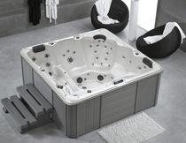 Hot-Tub / zum Aufstellen / quadratisch / 5 Plätze / Innenbereich
