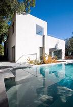 Tipen-Haus / modern / Beton / mit 2 Ebenen