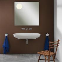 Wand-Waschbecken / oval / Keramik / modern