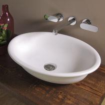 Aufsatzwaschbecken / oval / Keramik / klassisch