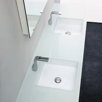 Doppeltes Waschbecken / Einbau / quadratisch / Keramik