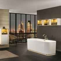 Modernes Badezimmer / aus Keramik / lackiertes Holz