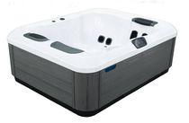 Hot-Tub / Einbau / tragbar / quadratisch / 3 Plätze