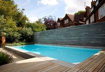 Erdverlegtes Schwimmbecken / Beton / Schwimmteich Überlauf / Außenbereich