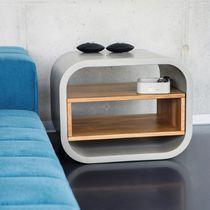 Modernes Sideboard / aus Eiche / Massivholz / Beton