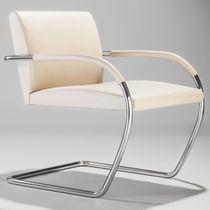 Sessel / Bauhaus Design / Leder / aus Stahl / für öffentliche Einrichtungen