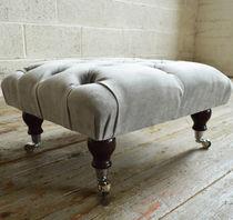 Chesterfield-Fußschemel / Textil / für Innenbereich / Rollen