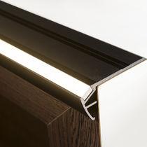 Treppenkante aus anodisiertem Aluminium / LED nbeleuchtung