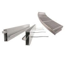 Abflussrinne für Böden / Edelstahl / verzinkter Stahl / Gitter