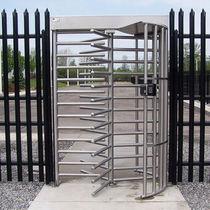 Drehkreuz mit Sicherheitsvorrichtung / Metall / für öffentliche Einrichtungen