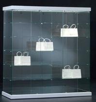 Moderne Vitrine / mit Fußgestell / Glas / Gewerbe