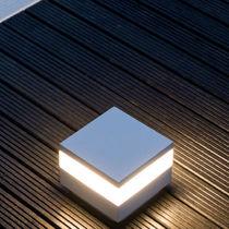 Leuchtpoller für den Garten / modern / aus Polycarbonat / LED