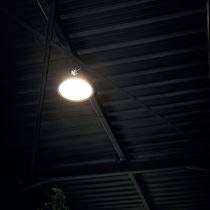 Hängeleuchte / LED / rund / Glas