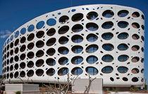 Fassadenverkleidung aus Verbundwerkstoff / Aluminium / perforiert / Platten