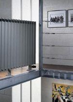 Heißwasser-Heizkörper / horizontal / aus Stahl / Aufsatz