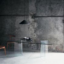 Moderner Esstisch / Glas / rechteckig / rund