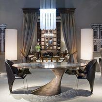 Moderner Tisch / Holz / aus Marmor / oval