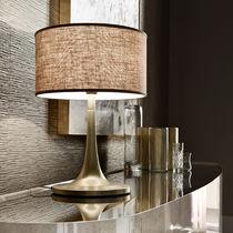 Tischlampe / klassisch / Aluminium / Stoff
