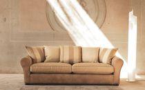 Klassische Sofa / für Innenbereich / Textil / 2 Plätze
