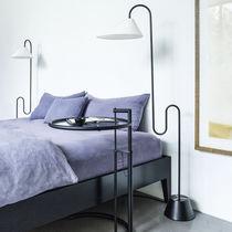 Stehleuchte / originelles Design / Stahl / Innenraum