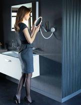 Wandmontierter Spiegel für Badezimmer / LED beleuchtet / Rasier / modern